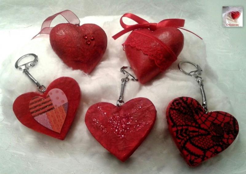 cr ation en d copatch porte clefs en forme de coeur et coeurs suspendre rouge cr ations. Black Bedroom Furniture Sets. Home Design Ideas