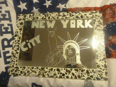Cr ation gravure new york sur grand miroir cr ation for Gravure sur miroir