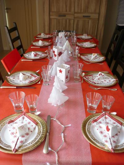 Cr Ation D Co De Table No L Rouge Et Blanc Bo Tes