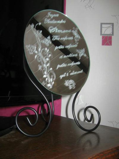 Cr ation miroir grav sur pied en fer forg cr ation for Gravure sur miroir