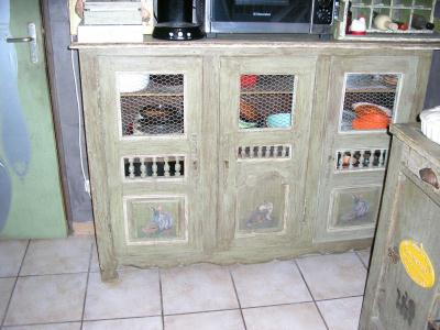 d coration de mon petit meuble lapins cr ation d coration de brigitte6353 n 52 137 vue. Black Bedroom Furniture Sets. Home Design Ideas