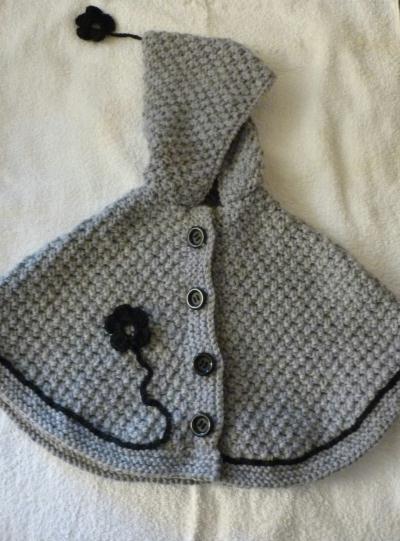 Cr ation tricot petite cape fleurie au point de bl - Point de ble au tricot ...