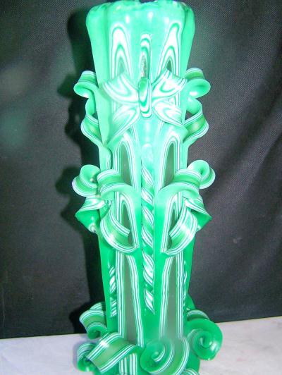 cr ation d 39 une bougie sculpt e dominante de vert cr ation bougies de sandra9468 n 53 222. Black Bedroom Furniture Sets. Home Design Ideas