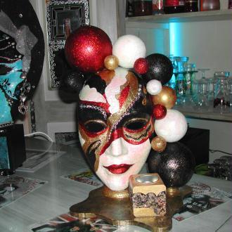 Galerie de marieclaire7969 galerie des 36 cr ations for Decorer un masque blanc
