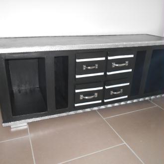 Cr ation commode buffet 11 tiroirs original et unique for Creation meuble carton