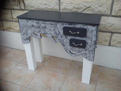 Cr ation d 39 un meuble en carton meetchic console for Creation meuble carton