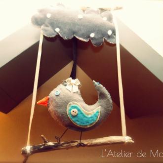 Création oiseau sur son perchoir, temps hivernale