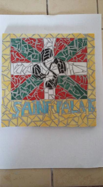 Création Tableau Croix Basque en émaux de Briare - Création Mosaïque de MOSAIQUES DE NATHA ...