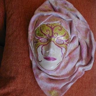 Création Masque décoratif à suspendre - Rose
