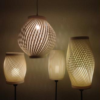 Lampes en papier cartonné.